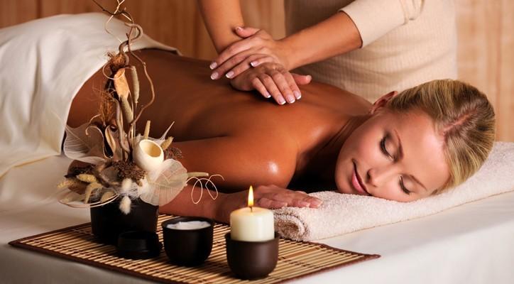 Pregnancy Massage – Herbal Compress Full Body Oil